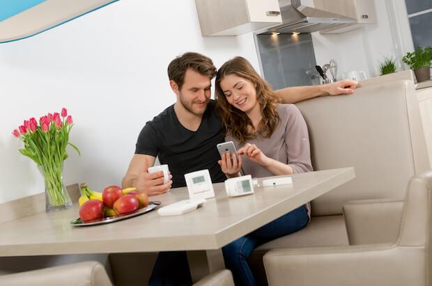 homematic ip hersteller eq 3 r stet deutlich auf. Black Bedroom Furniture Sets. Home Design Ideas