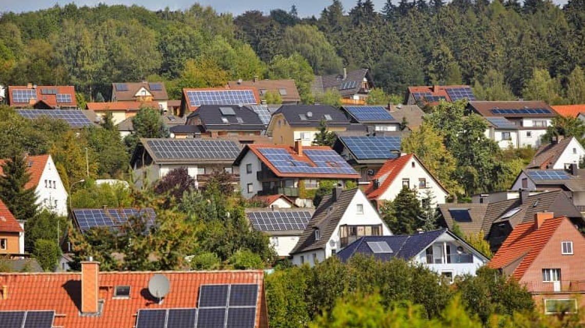 Photovoltaik vs. Solarthermie - wo liegen die Unterschiede?