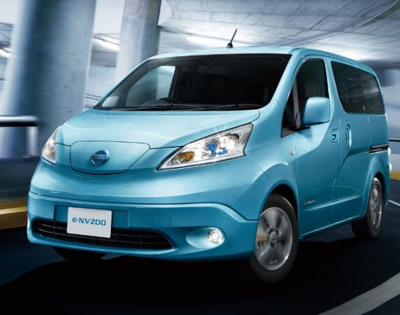Der Nissan e-NV200 Evalia jetzt mit großer 40 kWh Batterie und 301 km Reichweite im Stadtverkehr.