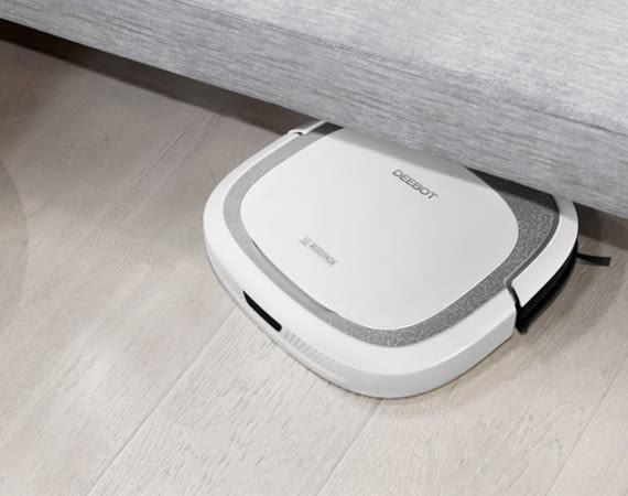 ECOVACS DEEBOT Slim 2 ist ein ultraflacher Saugroboter, der unter fast alle Möbel passt