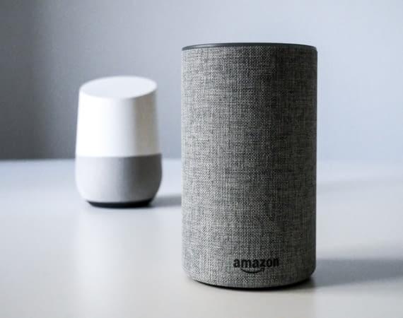 Kämpfen um Marktanteile: Amazon Echo und Google Home
