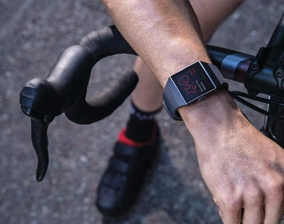 Die Fitbit Ionic Watch wird auch von Experten oft zum Kauf empfohlen