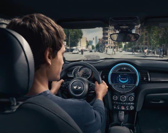 Alexa soll in viele Neuwagen bald schon direkt integriert werden