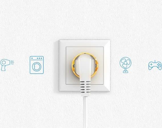 Die intelligente WLAN-Steckdose FIBARO Wall Plug verbindet sich über die Apple HomeKit-App direkt mit der Apple-Cloud
