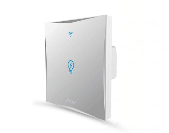 Mit dem Kesen WLAN-Lichtschalter kann die Deckenbeleuchtung per Smartphone gesteuert werden