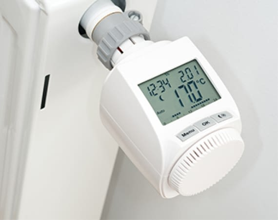 fritz dect 301 thermostat mit e paper display infos preise. Black Bedroom Furniture Sets. Home Design Ideas
