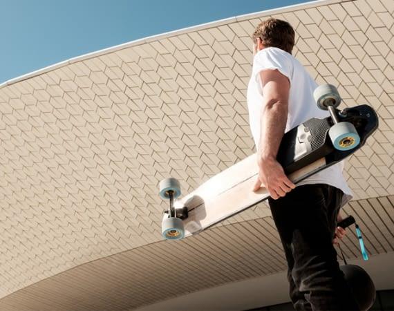 Mellow Drive: Vom Skateboard zum E-Skateboard in 100 Sekunden