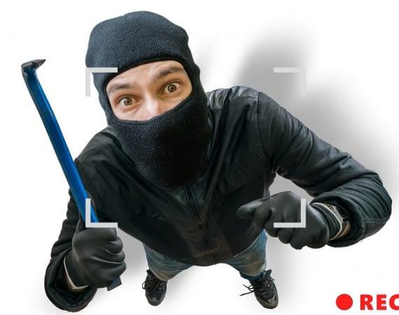 Mit der HiKam A7 haben Einbrecher keine Chance