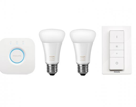 Abbildung der Philips Hue Bridge 2.0 inkl. LED Lampen