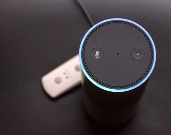 Ein Amazon Echo verbraucht auch dann Strom, wenn er gerade keine Aufgaben erledigt