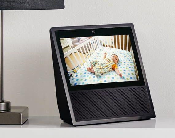 Amazon Echo Show leistet auch neun Monate nach dem Valentinstag noch gute Dienste