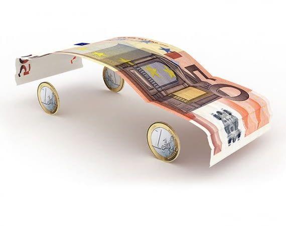 Wer 2019 einen Elektro-Dienstwagen auch privat nutzt, kann von Steuervorteilen profitieren