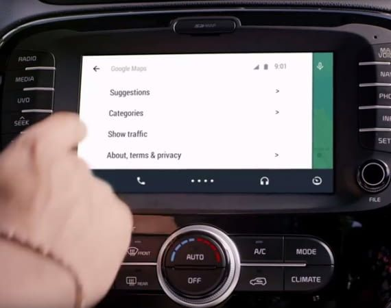 Android Auto ist mit dem Entertainment-System vieler Autos koppelbar