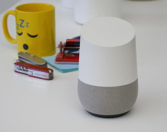 Um Google Home zurück zu setzen ist zum Glück kein zusätzliches Werkzeug nötig