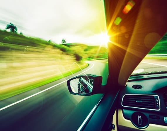 HeadsUP - der virtuelle Assistent während dem Autofahren
