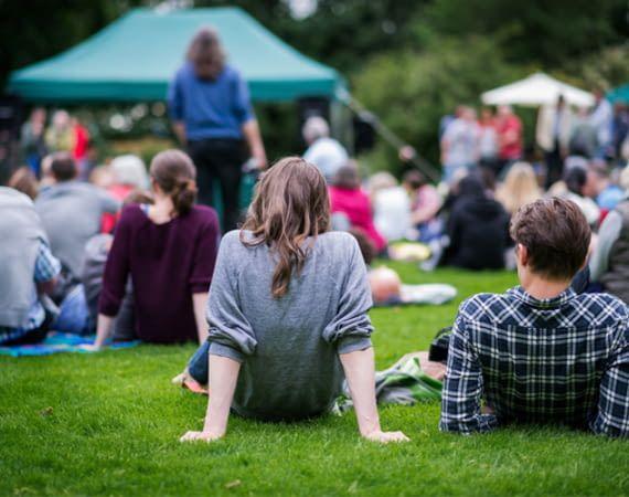 Events in Rostock, Fakten zu Hamburg, Kinoprogramm für Bonn: Alexa weiß Bescheid