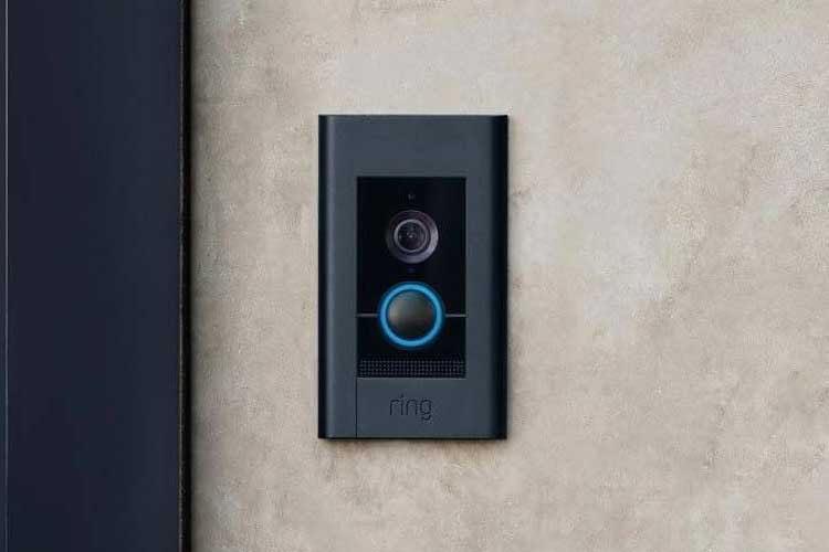 Die Ring Video Doorbell Elite bietet benutzerdefinierbare Bewegungszonen und HD-Auflösung