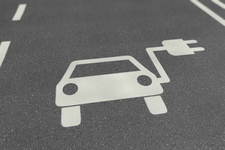 Schluss mit Halbwahrheiten - Fakten zum E-Auto und zur Elektromobilität!