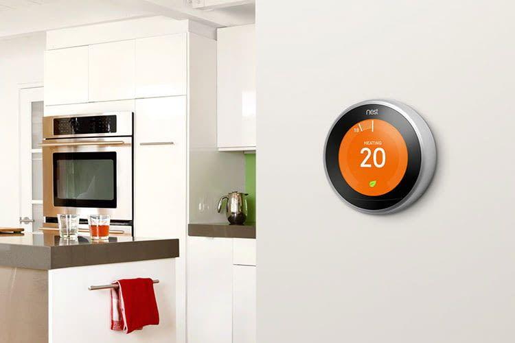 Das lernende Thermostat von Nest installiert eigenständig Heiz-Routinen und stimmt diese auf die Gewohnheiten der Nutzer ab