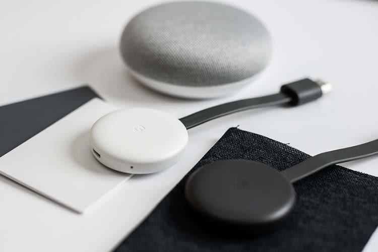 Mit Google Chromecast lassen sich Bildschirminhalte auf den Fernseher spiegeln
