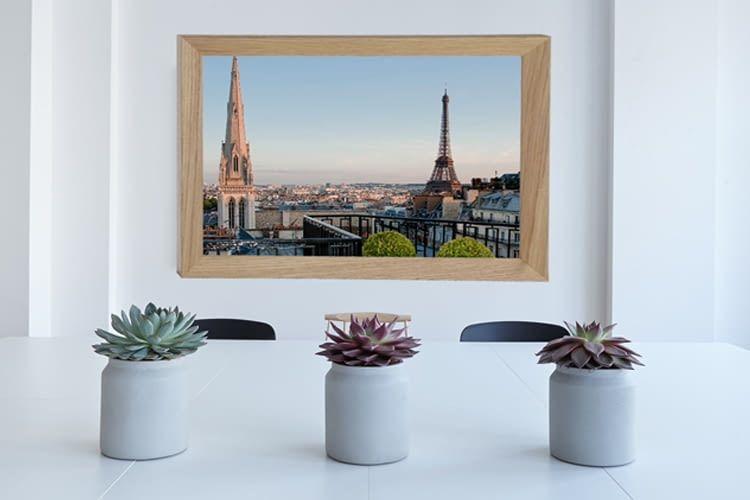 Das virtuelle Fenster sieht aus wie ein Bilderrahmen, ist aber interaktiv
