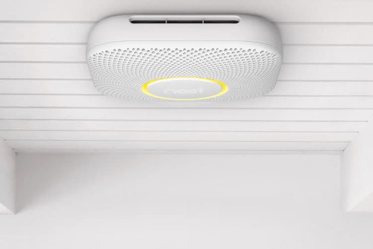 Der Google Nest Protect Rauch- und CO-Melder sorgt für ein hohes Sicherheitsgefühl