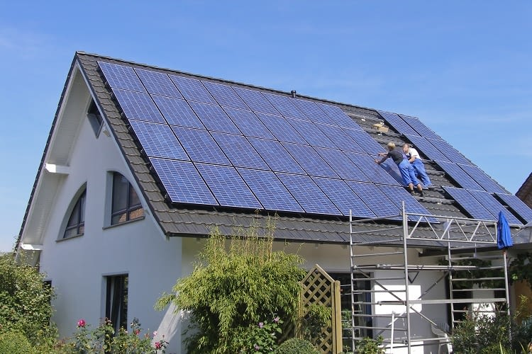 Für die Installation einer PV Anlage müssen gewisse Voraussetzungen erfüllt sein