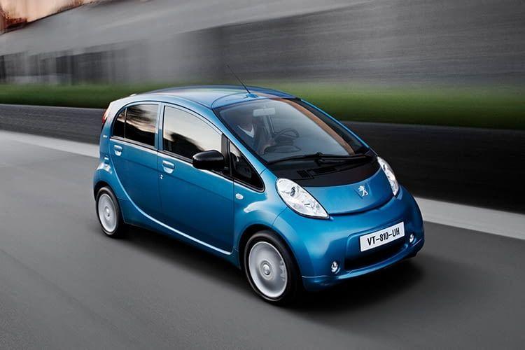 Peugeot iOn: Der kleine Franzose eignet sich perfekt für den Stadtverkehr