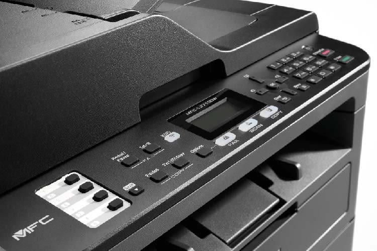 Die Bedientasten des Multifunktionsdruckers brother MFC-L2710DW sind übersichtlich angeordnet