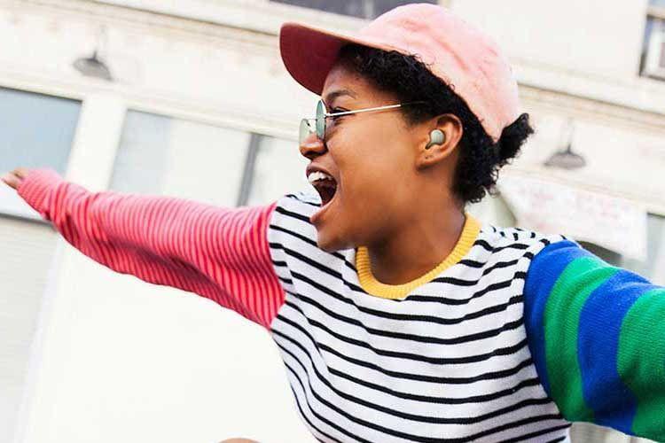 Die leichten Samsung Galaxy Buds 2 punkten mit ANC und starkem Klang