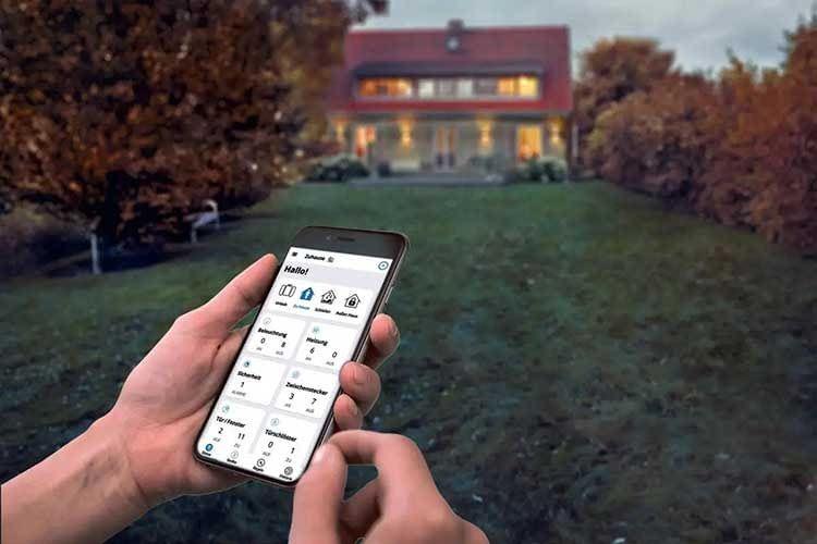 Das SMART HOME by hornbach ist ein Smart Home System, das sich durch einfache Bedienung und große Geräteauswahl auszeichnet