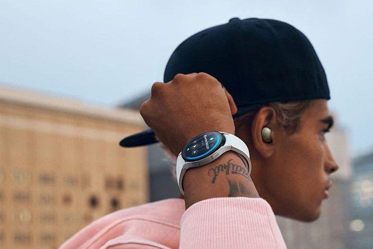 Die Galaxy Watch 4 ist wahlweise auch als Classic Edition erhältlich