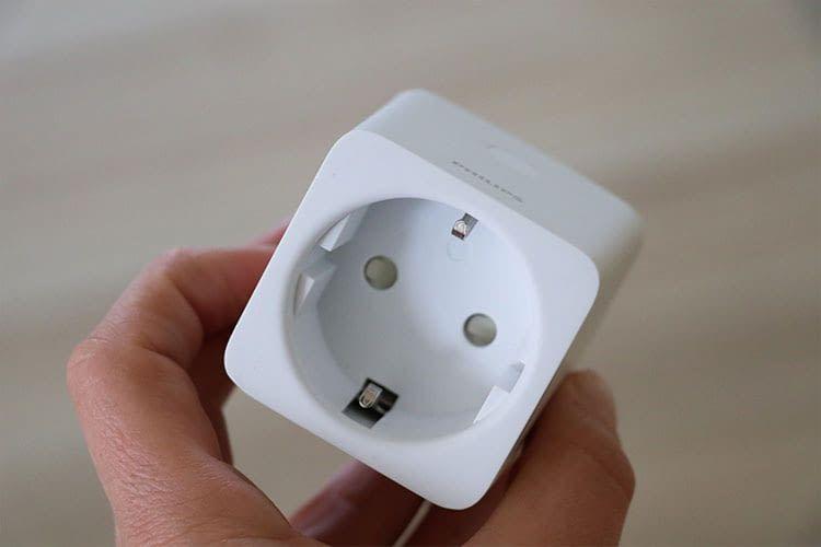 Der Philips Hue Smart Plug basiert auf den ZigBee-Funkstandard, unterstützt aber auch Bluetooth