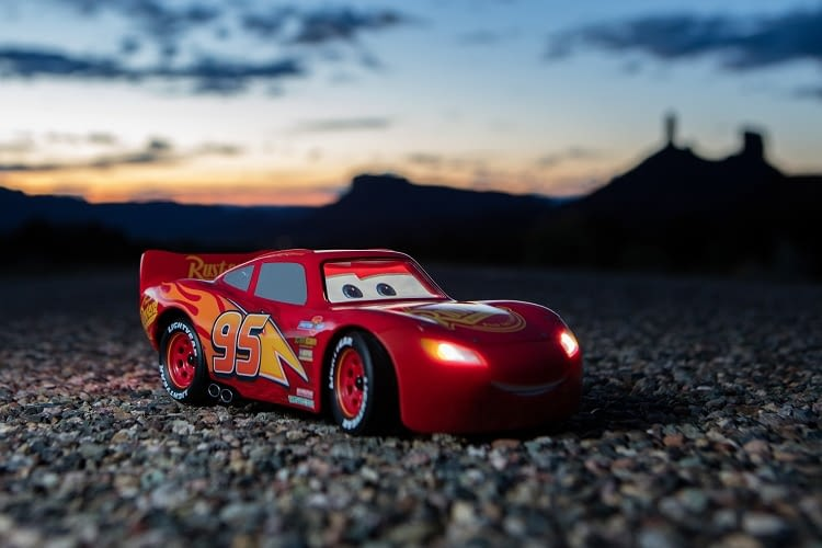 Lightning McQueen erobert nun auch echte Straßen