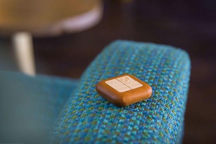 Smart-Home-Steuerung im edlen Holzlook: Turn Touch Remote