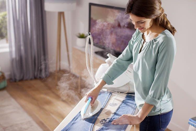 Philips PerfectCare Elite Silence ist das Topmodell in unserem Dampfbügelstationen-Vergleich