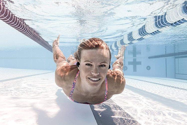 Die kabellosen In-Ear-Bluetooth-Kopfhörer Bragi The Dash Pro sind wasserdicht