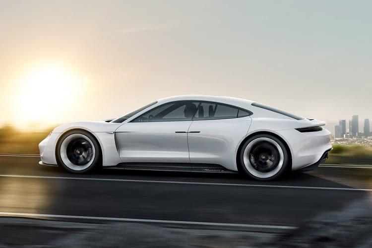 Mission E, das erste Sports Car mit Elektroantrieb, kommt 2019 auf den Markt