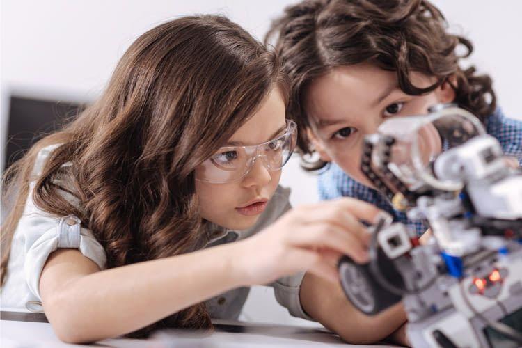 Elektronische Lernspielezeuge fördern Kinder in ihrer Entwicklung