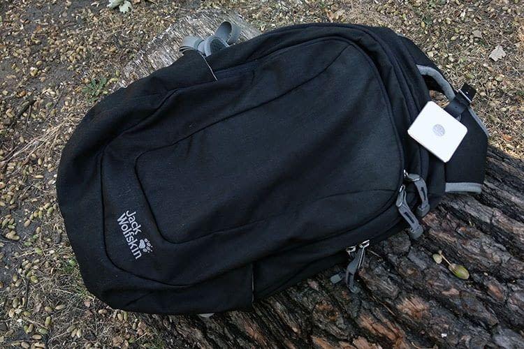 Verlorenes Gepäck gehört mit Tile Slim Bluetooth-Tracker und dem Tile Slim Gepäcketikett der Vergangenheit an