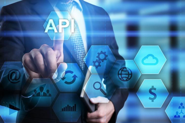 API Schnittstelle - [WrightStudio] stock.adobe.com