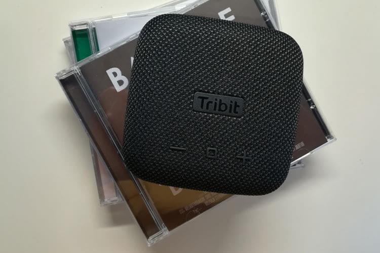 Die Tribit StormBox Micro ist nicht einmal so groß, wie eine CD-Hülle