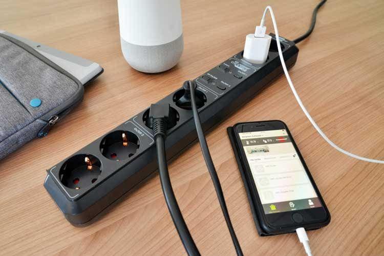 Die brennenstuhl Connect Eco-Line ist eine Google Assistant-kompatible Mehrfachsteckdose