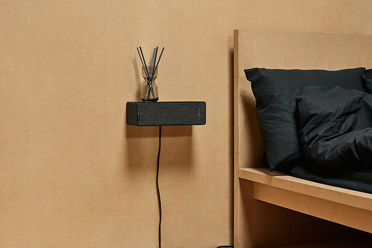 Mit Alexa kann der IKEA Symfonisk Lautsprecher auch per Sprache gesteuert werden