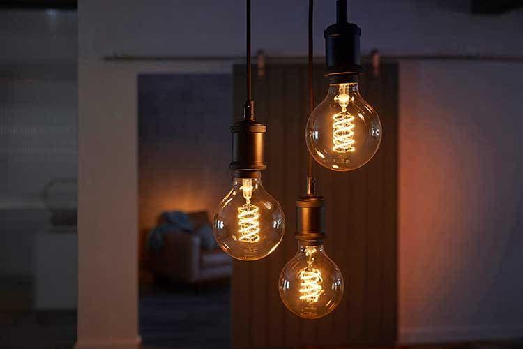 Die Philips Hue White Filament Leuchten sind besondere optische Highlights
