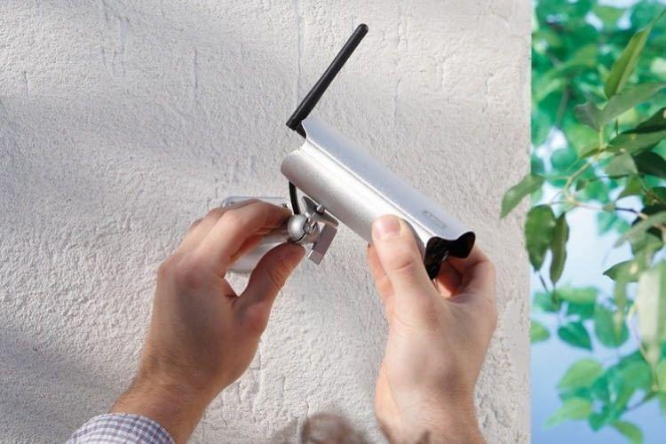 Einfach und schnell installiert: Die ABUS TVAC19100A im Außeneinsatz