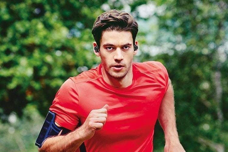 Jabra Elite Sport In-Ear-Bluetooth-Lautsprecher verfügt über einen Herzfreuqenzmesser