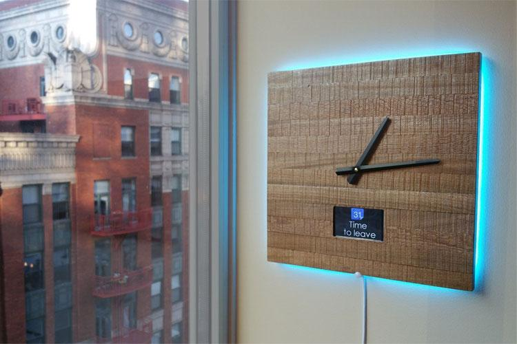 Ingrein Smart Clock aus Holz