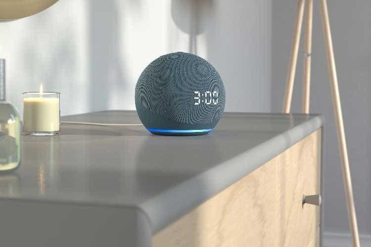 Klein aber oho! Nutzer können viele Geräte mit einen Amazon Echo und Alexa ersetzen