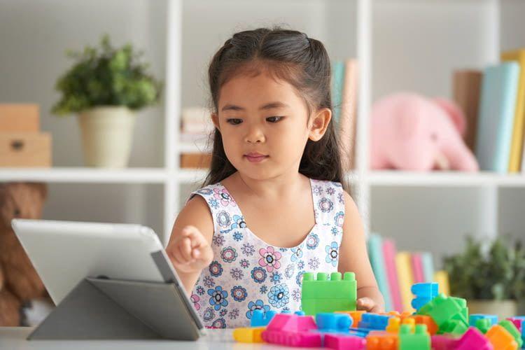 Tablets können Kinder beim Lernen und Entdecken begleiten